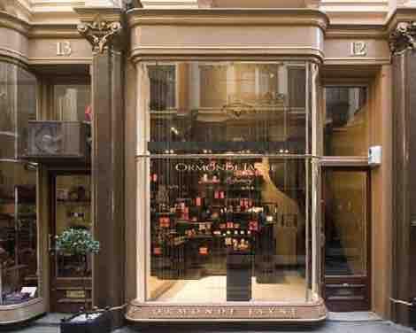 Die wunderschöne Parfümerie in der Royal Arcade - göttliche Düfte kombiniert mit einem glamourösen Shoppingerlebnis.